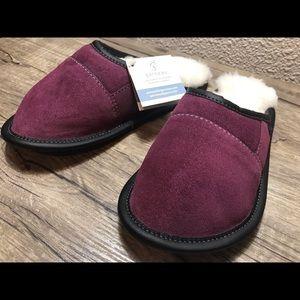 Garneau genuine sheep skin plum/merlot slippers